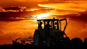 Фото анализ рынка тракторов