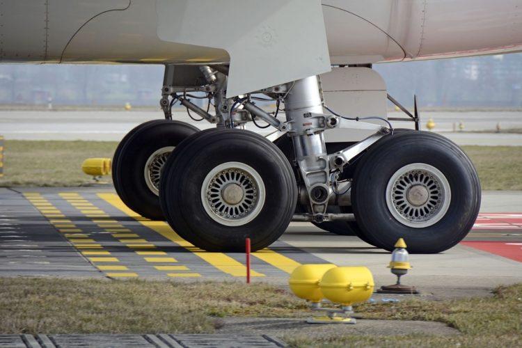 Фото рынок авиационных покрышек